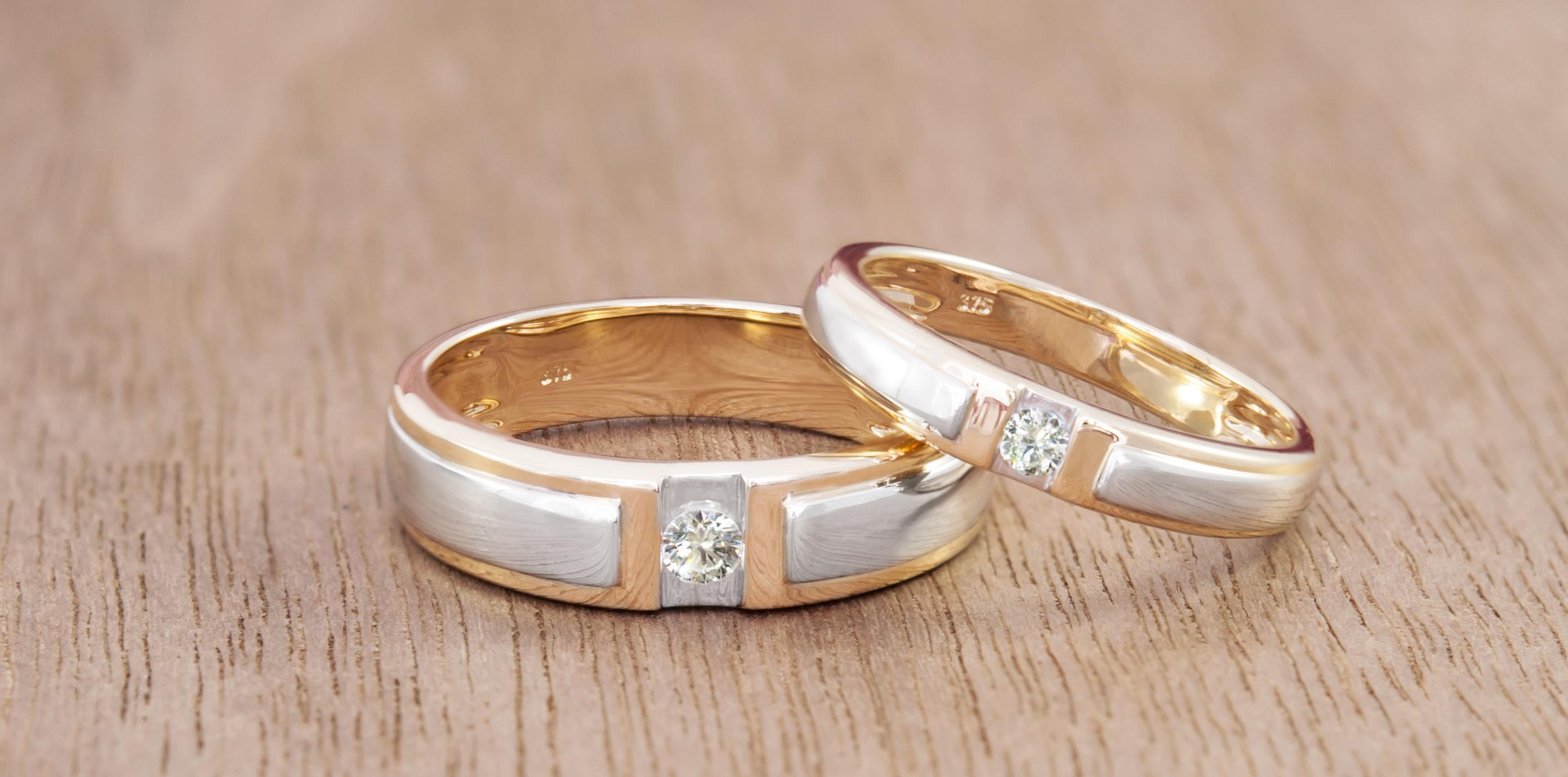 Anillos en oro con diamantes - Juwelo